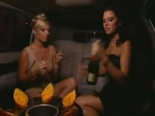 Kate frost masturbates in a limo - In a limo