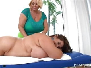 Redtube clit lick Sexy busty bbw lesbians lick each others clits and tits