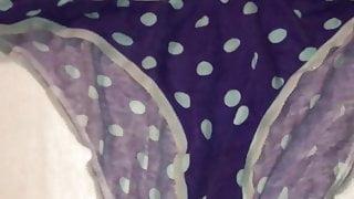 Cum in Allys panties Slomo