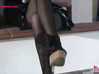 Sex in five star hotel Redhead schoolgirl shows feet in five toes pantyhose