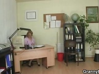 Porn sex with bitch - Hot office sex with mature bitch