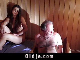 Meeting sex Oldguy has a sex adventure with the girl he meets in sauna