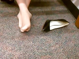 Free sexy pantyhose feet pictures Candid sexy nylon pantyhose feet in library