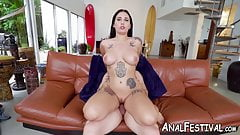 Sensual tattooed booty chick replaces yoga with hardcore sex