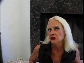 Tart mature Blonde old granny tart in fishnets fucks