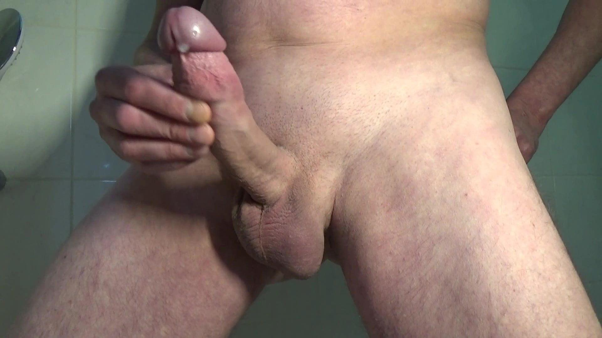 Wichsen den penis Neger wichst