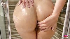 Babe Masturbate and Plays With Tits - Hot Solo