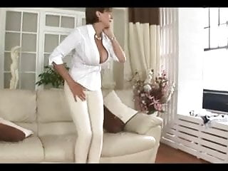 Poetry for pleasure - Busty british lady - maid for pleasure