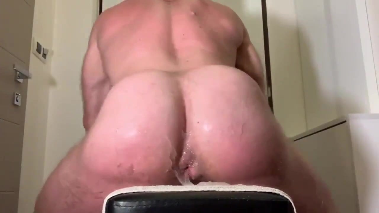Petrich recommends Tranny has huge cock