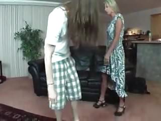 Greate thums porn - Great mommy and boy roleplay