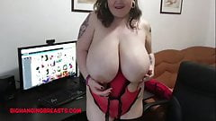 Beautiful full heavy tits on Roxanne Miller