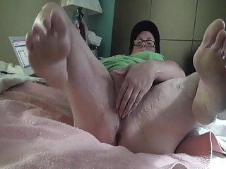 Mature milf legs fetish videos Bbw muscular legs 4