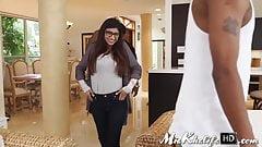 Horny Muslim babe Mia Khalifa's pussy stretched by hard BBC