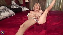 Skinny grandma wants anal and vaginal sex