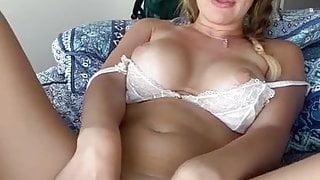 Sexy milf dildo
