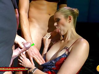 Extrem young shemale - Claudia the young extreme piss lover - 666bukkake