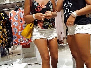 Hot mixed teen Candid voyeur hot teens shopping booty shorts mix