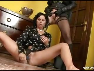 Hairy brunet lesbian - Blond and brunete lesbian in fantastic pee play