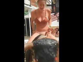 Nude girls in bikini - Sexy girl looses her bikini - pussy flash - nude in public