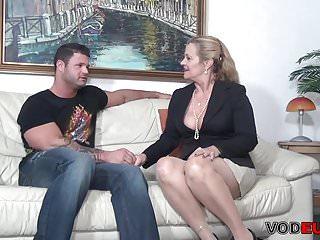 Mature gross sex Grosse bruste blond wird gefickt