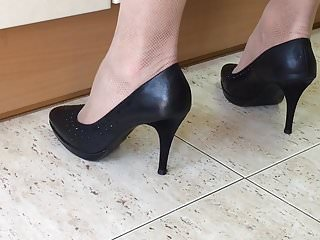 Spy fetish My wife in heels at the kitchen. spy cam