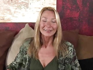 Pam loves cock - Hot skinny granny pam fun with pussy and oil by dracarys69
