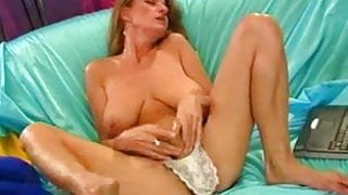 Step Mom Squirting...F70