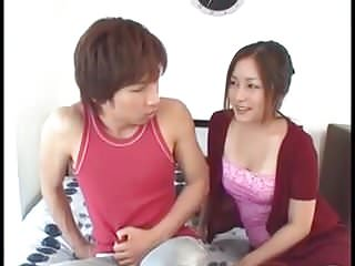 Son seeing moms boobs on webcam Japanese mom teaches son after he sees her tits