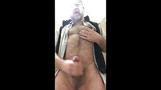 Str8 daddy bear in bathroom