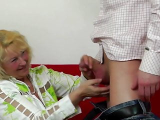 Dick in vagina shows Granny gets young dick in her old vagina