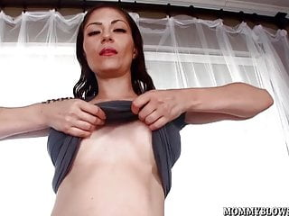 Exotic sexual stories - Exotic milf angelica blew is a mom who sucks a lot