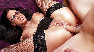 Emma Butt's well used asshole takes a pounding