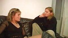 woman teen lesbian