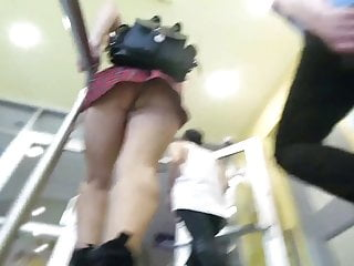 Girls short skirts bare pussies videos Nice upskirt babe pussy crown shot in short skirt