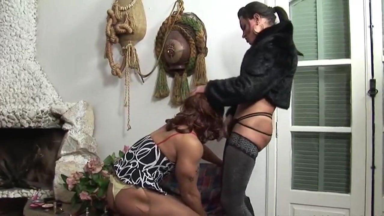 Big Tits Cougar Fucks Boy