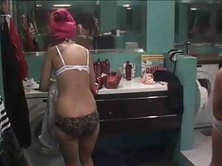 Big brother girls showering nude - Big brother