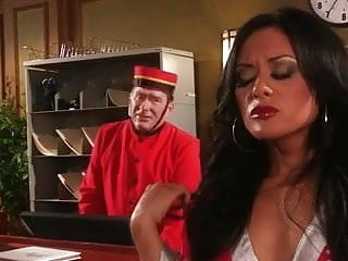 Lei wired pussy Kaylani lei scene