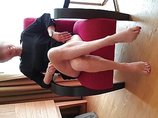 Exibition Of A Hottie Who Likes To Be Fucked