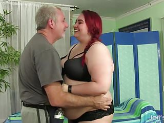 Tender beauty and sex Bbw big tender has her fat body and hairy pussy massaged