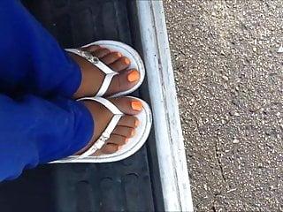 Erin cottrell nude Dayana cottrell orange toenails
