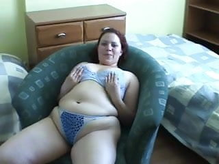 Young and plump pussy - Young, pretty and plump solo