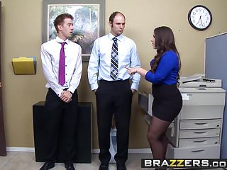 Naked master chief - Brazzers - chief executive whorelola foxx danny d