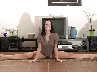 Xxx gymnast photo Flexible gymnast crazy position gets orgasms