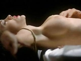 Alyssa milano nude moves Alyssa milano - embrace of the vampire