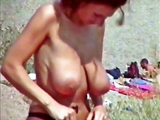 Busty Saskia And Stefanie Topless At The Beach XhLxHuY