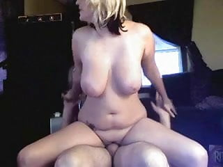Homemade chubby fuck videos - Homemade chubby amateur blonde slut fucks on cam