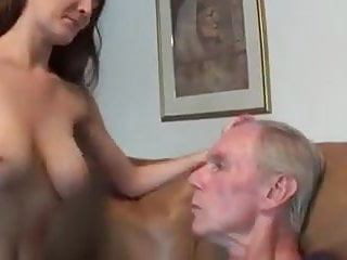 Homemade young girl handjobs Young girl makes handjob to old man