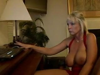 Milfs fucking very young men - Blonde busty mom gets hardcore fuck by young men
