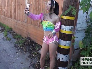 Teen sex free online viedos - Gorgeous teen kiarra kai gets pounded hard by online hookup