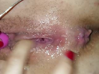 Homemade videos with vibrator - Girlfriend major squirting with vibrator and cock